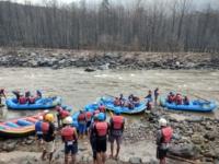 river rafting side image